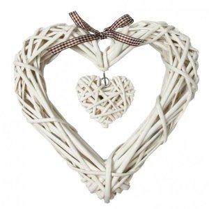 265872-white-wicker-heart